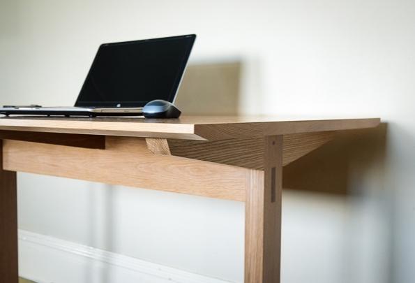 Laptop Table Plans garage woodworking shop | gmissiahswb